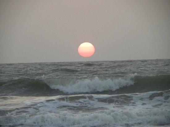 Sonesta Inns Resort : Sunset