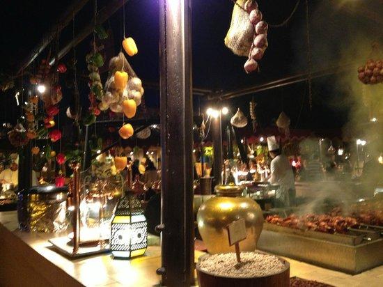 Al Hadheerah: kebabs  are cooking