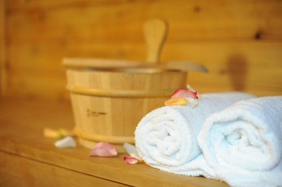 Woodstock Holistic B&B: Mandala Suite: Private Cedar Sauna...ahh!