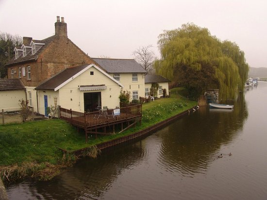 Crosskeys Riverside House: View from the bridge