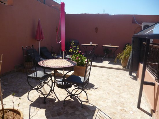 Riad Charme d'Orient: Part of the roof terrace
