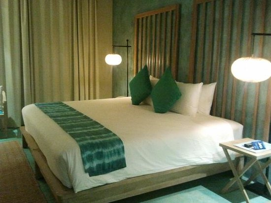 Mercure Samui Chaweng Tana Hotel: KING BED