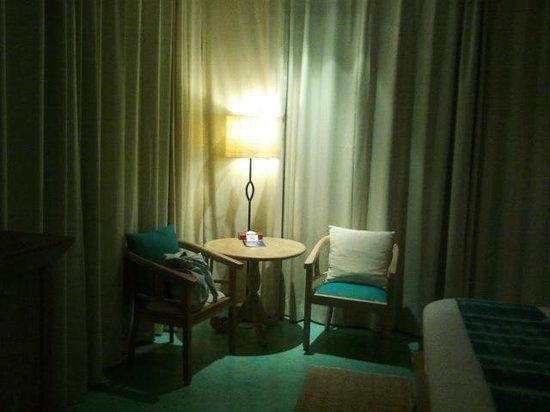 Mercure Samui Chaweng Tana Hotel: BEDROOM