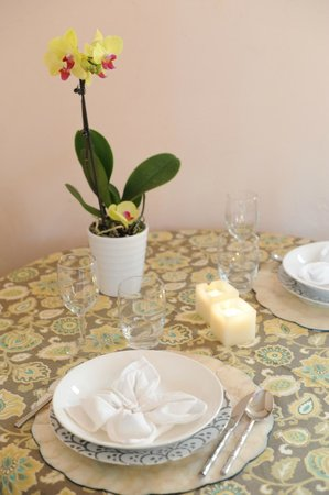 Woodstock Holistic B&B: Mandala: Table for 2