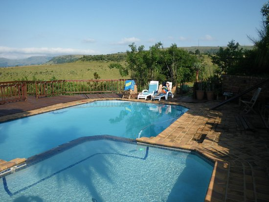 Acra Retreat - Mountain View Lodge - Waterval Boven: swimmingpool