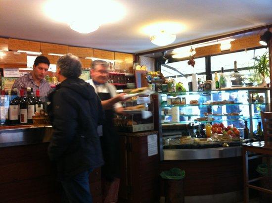 Photo of Italian Restaurant Bar Ai Nomboli at San Polo 2117c, Venice, Italy