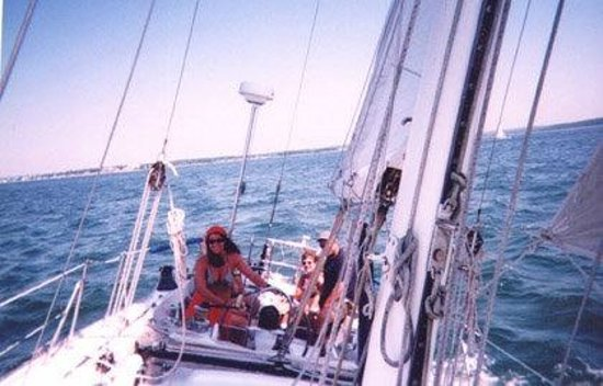 Poet's Lounge Sailing Charter -  Day Tours: Poet's Lounge Sailing Charter / up to six passengers / byob / food