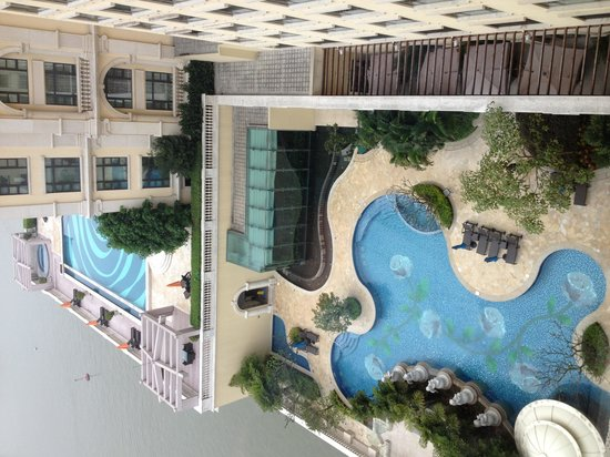 Sofitel Macau At Ponte 16: Pool