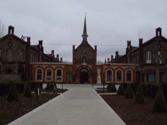 Museum Dr. Guislain: The entrance to the museum.