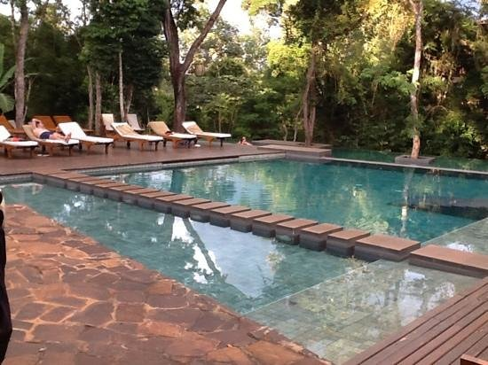 Loi Suites Iguazu: swimming pool area