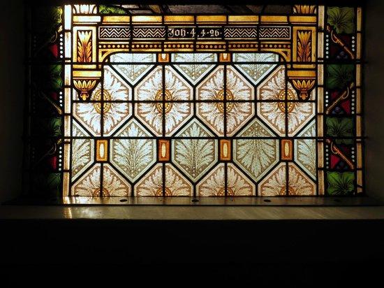 Felsenkirche: Fensterdetail