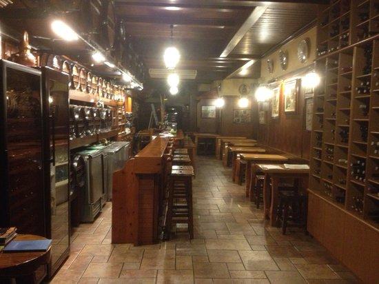 Bodega Azor: Una bodega muy calida