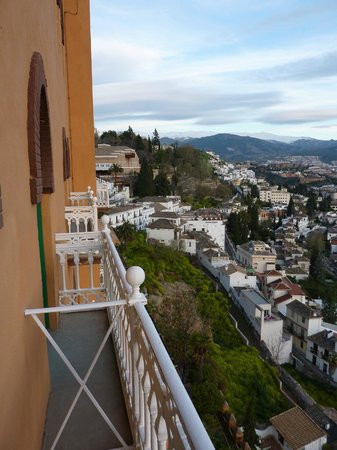 Hotel Alhambra Palace: View