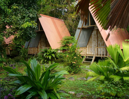 Los Mineros Guesthouse: the huts