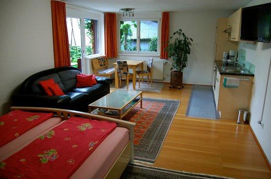 Privatzimmer und Ferienwohnungen Felizeter Brigitte: Top3