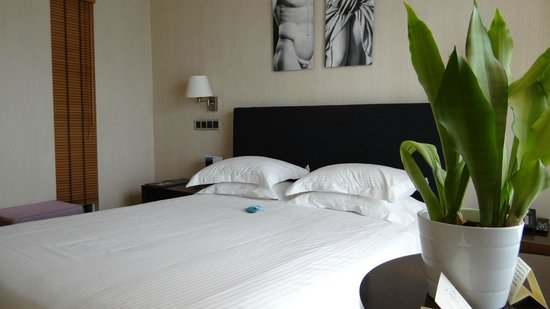 The Athens Gate Hotel: Our room # 605