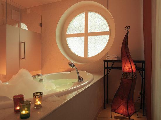 Panorama Resort & Spa: Bathroom Oriental Boutique Room