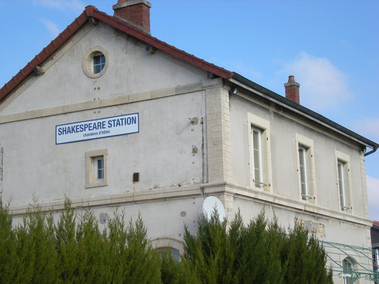 Shakespeare Station