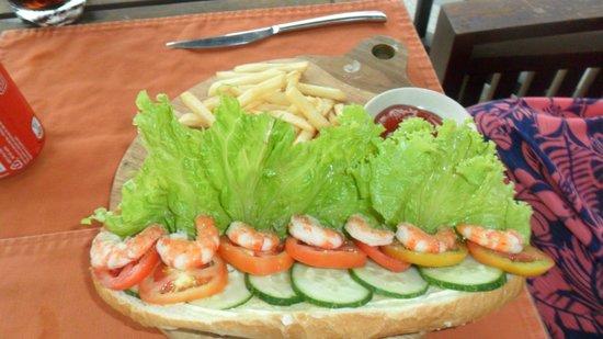 Ana Mandara Hue Beach Resort: deb prawn roll