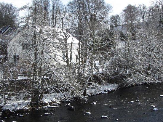 The Strathardle Inn: Kirkmichael Village and river