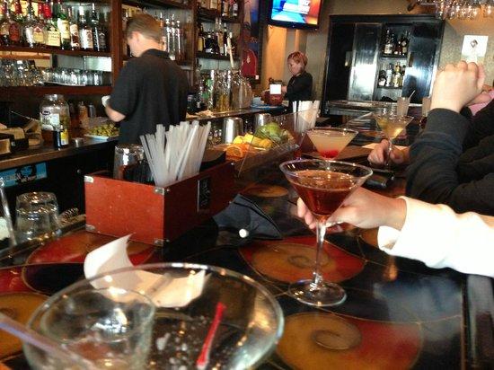 Ocean 60 Restaurant & Wine Bar: Happy Hour!