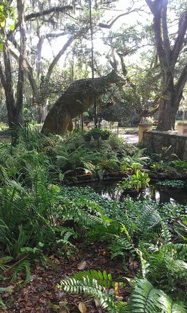 Sugar Mill Botanical Gardens - Picture of Dunlawton Sugar Mill ...