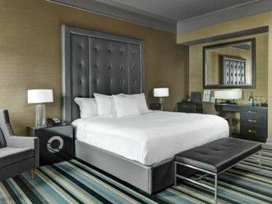 Kensington Riverside Inn: Junior Suite