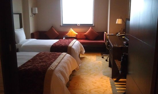 Courtyard Shanghai Xujiahui: Suite