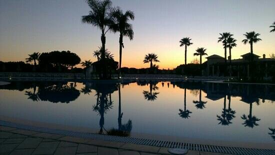 Adriana Beach Club Hotel Resort: Pool at sunset