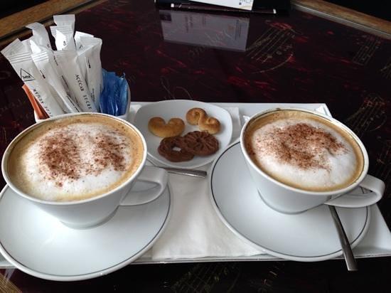 Sheraton Porto Hotel & Spa: capuccinos