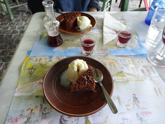 Diodos Archaias Agoras : Cadeau de la maison dessert+digestif