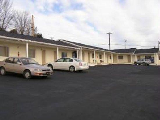 Dixie Plaza Motel Photo