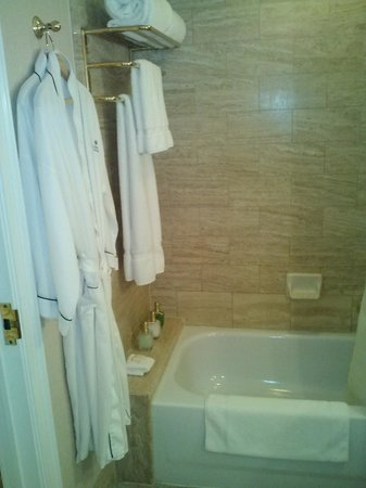 Hotel Crescent Court: Robes/Slippers