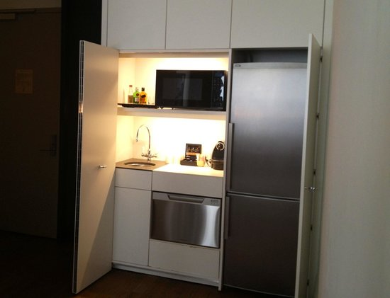Andaz 5th Avenue: Large Two Bedroom Suite - Kitchenette