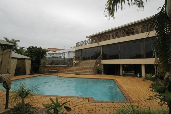Lapa Lighthouse B&B and Selfcatering 4star Pool view