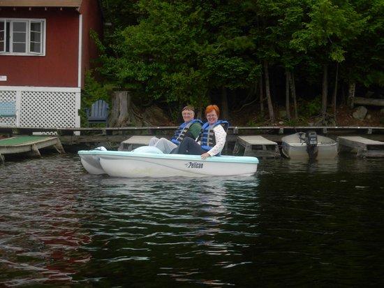 Camp Skoglund : On the lake