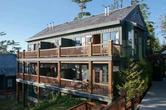 Middle Beach Lodge Exterior Of Sixplex At Headlands
