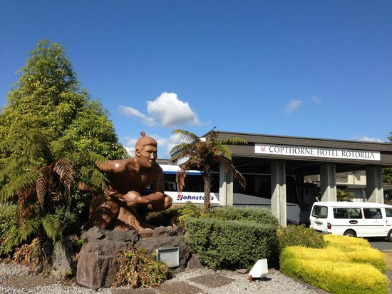 Copthorne Hotel Rotorua: The hotel front