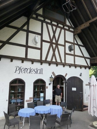 Burg Windeck Hotel und Restaurant: The Stable