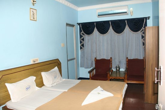 Sri Krishna Vilas Hotel  Coimbatore  Tamil Nadu  - Hotel Reviews  Photos  Rates