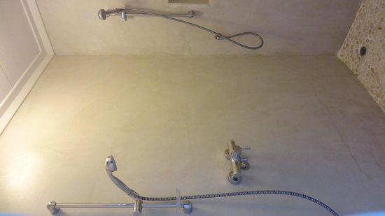Swakopmund Guesthouse: Doppeldusche (praktisch zu zweit)