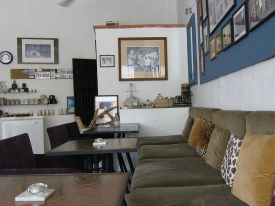 Mi Cafe: comfy and funky