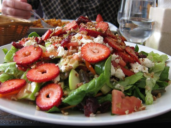Mi Cafe : Huge salad