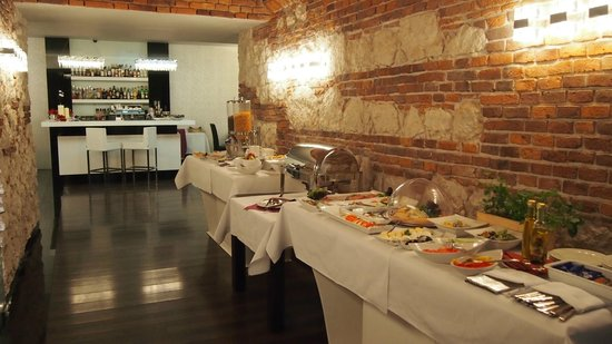 Queen Boutique Hotel Krakow Breakfast