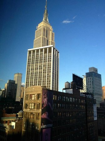 Kimpton Hotel Eventi: View of ESB from 17th floor room