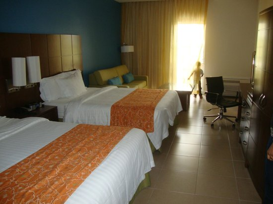 Courtyard by Marriott Bridgetown, Barbados: Our room