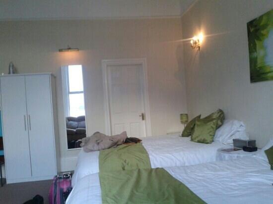 Ashlea House : Massive bedroom