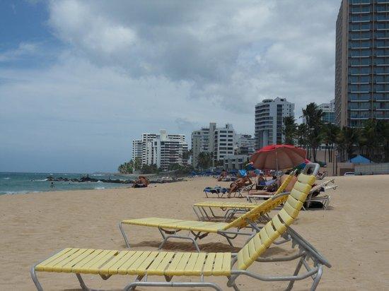 Atlantic Beach Hotel: beach