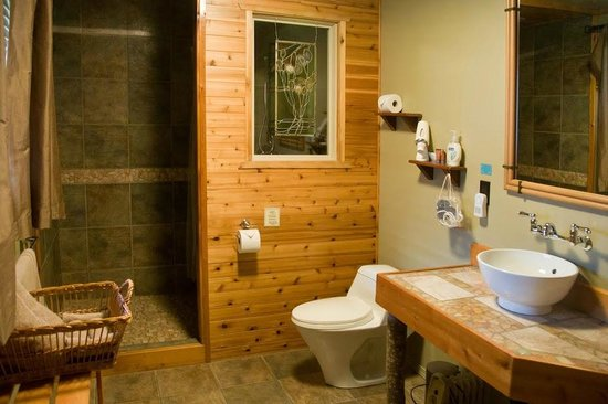 Soule Creek Lodge: Kanata Suite (1B) Bathroom