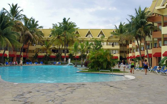 Casa Marina Beach Resort Pool